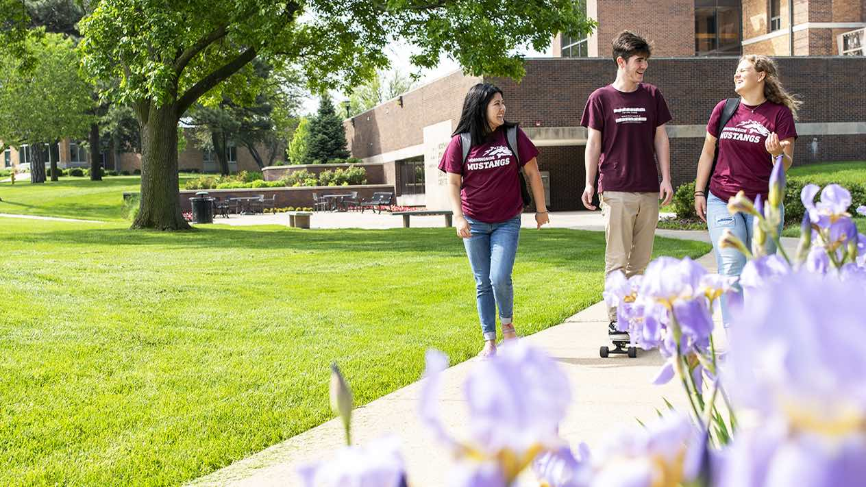 Students walking and laughing at Morningside College