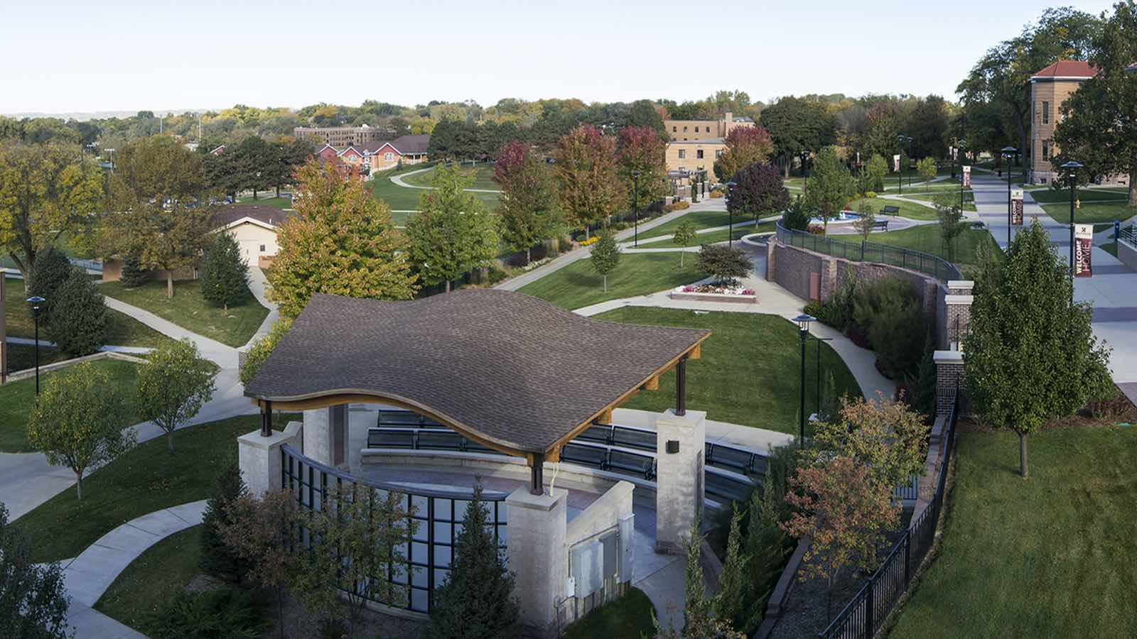 Aerial view of Morningside College campus.