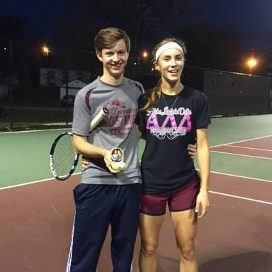 Danny Graves proposing to Natasha Hongsermeier-Graves on the Morningside tennis courts