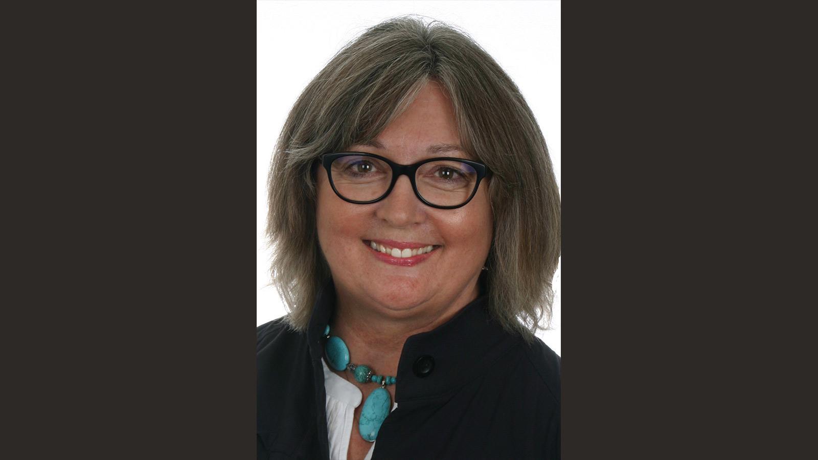 Pam Mickelson headshot