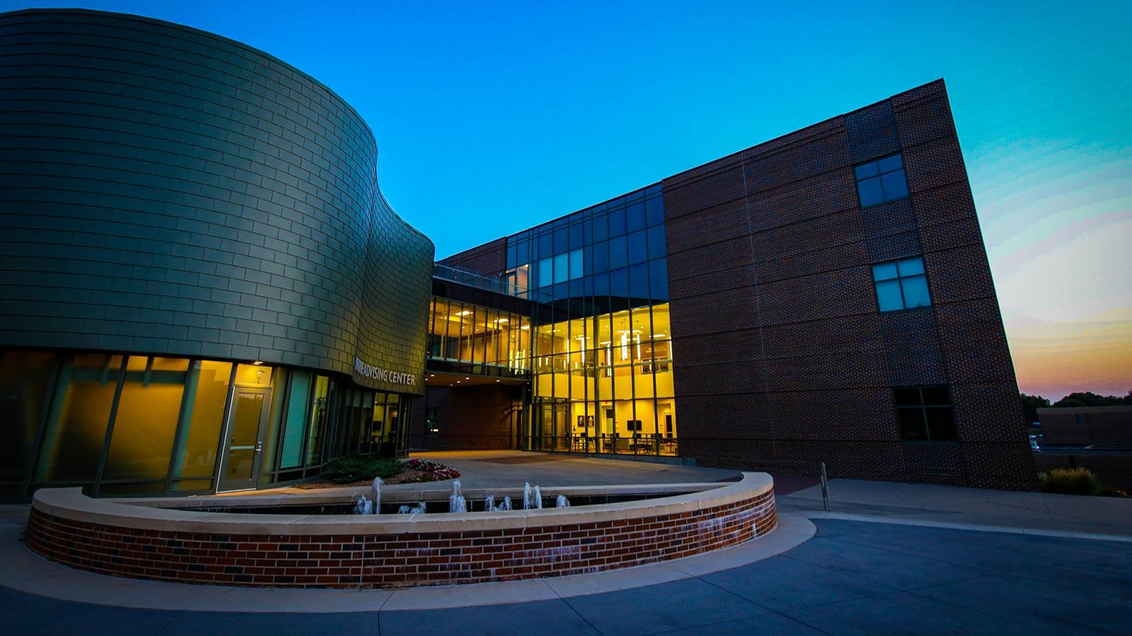 The Krone Center and Buhler Rohlfs building at Morningside College at night. Photo by Anna Uehling.
