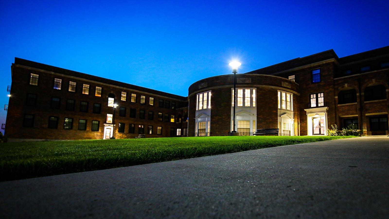 Dimmitt Hall at Morningside University