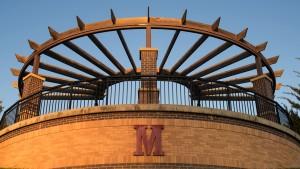 m overlook structure